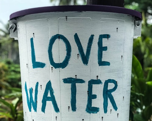 (English) Love Water